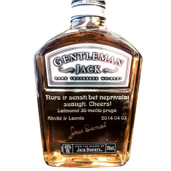 Palinkėjimas ant butelio